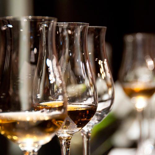 wine-glasses-unsplash2
